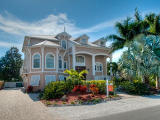 Cayman Bay - Anna Maria vacation rentals