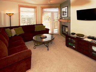 Sunstone 2 Bedroom Condo with Private Balcony ~ RA569 - Mammoth Lakes vacation rentals