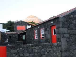 Casa das Portas do Sol, Pico, Azores - Madeira vacation rentals