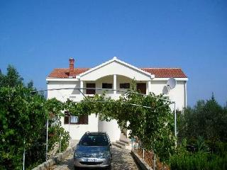 Villa Katelanovo - left apartment (L1) - Zadar vacation rentals