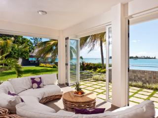 Island's Edge Villa Infinity - Private Pool + Chef - Pereybere vacation rentals