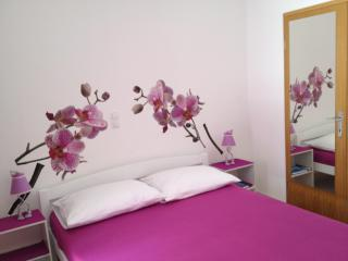 Studio apartment near Riva promenad - Trogir vacation rentals