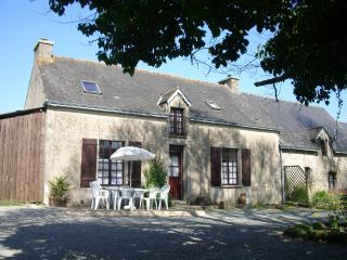 Rural Cottage with Archery facilities in Morbihan - Pontivy vacation rentals