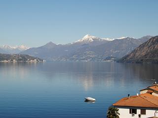 SOSTA SUL LAGO Bedandbreakfast Lezzeno  Lake Como  Italy - Lezzeno vacation rentals