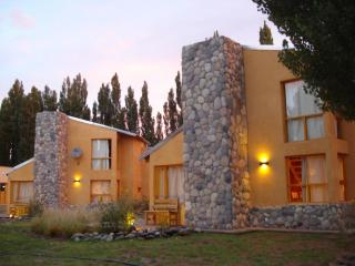 Nice 2 bedroom Malargue Cabin with Deck - Malargue vacation rentals