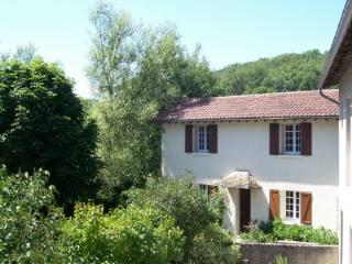 ***Cottage Swimming Pool Views Bordered By River - Sansac de Marmiesse vacation rentals