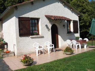 Gite 3 Epis 5 Pers en Correze - Chamboulive vacation rentals