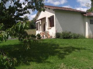 Nice House with Dishwasher and Toaster - Saint-Pardoux-l'Ortigier vacation rentals