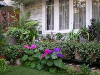 Prakash Kutir B&B - Welcome to our House of Light - New Delhi vacation rentals