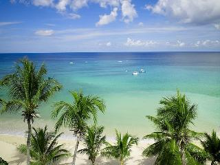 Smugglers Cove - The Penthouse at Paynes Bay, Barbados - Beachfront, Pool - Paynes Bay vacation rentals