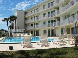 Great Corner Unit with Balcony on the Beach. - Fort Walton Beach vacation rentals