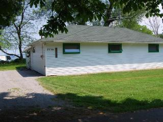 Lake Ontario- Upstate NY  beach front cottage - Lake Ontario Area vacation rentals