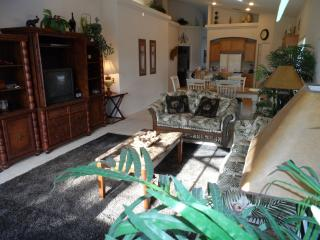4 bedroom Villa with Deck in Four Corners - Four Corners vacation rentals