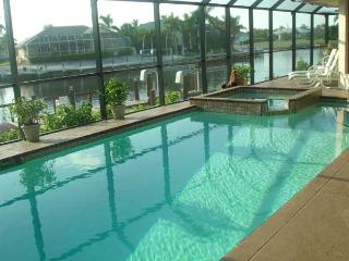 Copperfield Ct. Upscale Luxury Home! Great Decor! - Marco Island vacation rentals