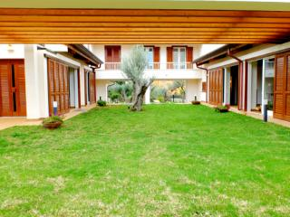 Charming Villa by the sea with pool and fitness lounge - Terrasini vacation rentals