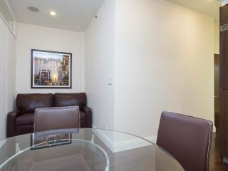 Sleeps 5! 2 Bed/1 Bath Apartment, Midtown East, Awesome! (8335) - Manhattan vacation rentals