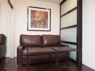 Sleeps 5! 2 Bed/1 Bath Apartment, Midtown East, Awesome! (8336) - Manhattan vacation rentals