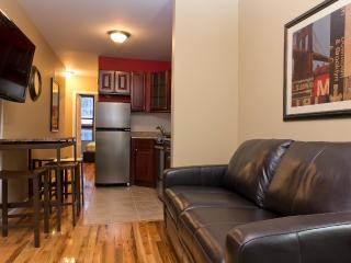 Sleeps 5! 2 Bed/1 Bath Apartment, Times Square, Awesome! (8340) - Manhattan vacation rentals
