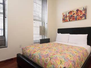 Sleeps 4! 2 Bed/1 Bath Apartment, Times Square, Awesome! (8463) - Manhattan vacation rentals