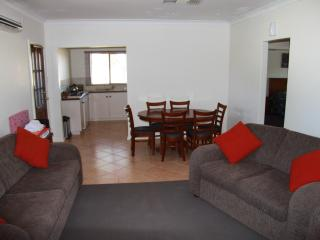 3 bedroom House with Internet Access in Perth - Perth vacation rentals
