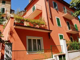 3 bedroom Bed and Breakfast with Internet Access in Acquasparta - Acquasparta vacation rentals