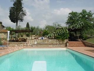 Casa Sparviero B - San Donato in Poggio vacation rentals