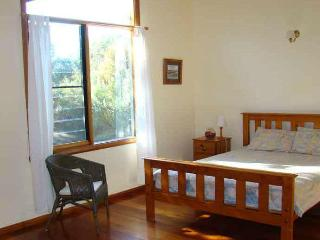 Wallum Cottages: Cockatoo - Crescent Head vacation rentals