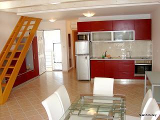 Seaside Village - Apartment Koralj - Cove Makarac (Milna) vacation rentals