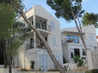 Villa Miravala - Cove Makarac (Milna) vacation rentals