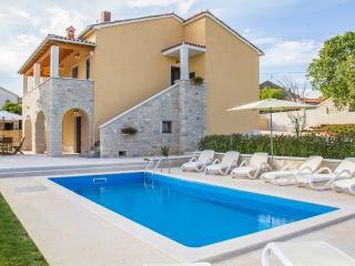 Beautiful Villa near Vrsar - Vrsar vacation rentals