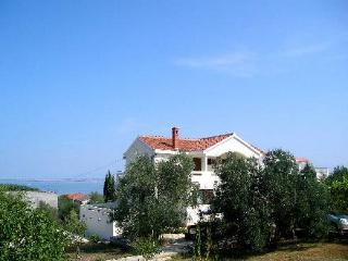 Villa Katelanovo - right apartment (R1) - Zadar vacation rentals