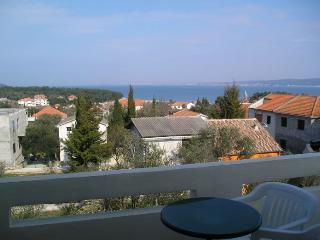 Villa Katelanovo - right apartment (R1) - Zadar vacation rentals
