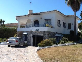 Stunning Villa ideal for families and Golfers in Guadalmina Alta - Benahavis vacation rentals
