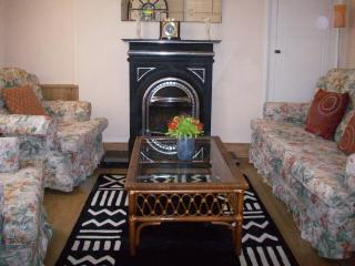 Brecon Cottage 4*Visit Wales award - Brecon vacation rentals