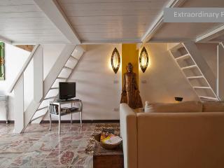 Extraordinary flat + private garden - Milan vacation rentals