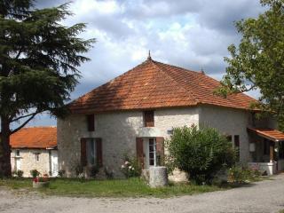 Chambre d' Hotes Maison Pourret - Castelmoron-sur-Lot vacation rentals