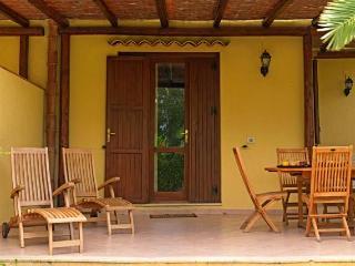 Case Di Calamazzo With Garden By The Sea - Scopello vacation rentals