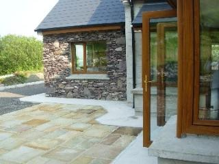 Luxurious modern family holiday home, 4 bed-3 en-suite, very private. - Waterville vacation rentals