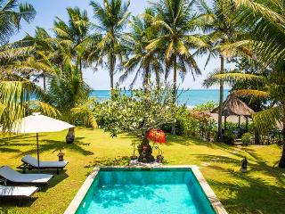 Sansil,Stunning Beachfront & Surf villa  in Canggu - Cepaka vacation rentals