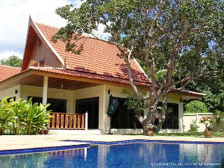 VILLA SILK - 3 bed pool villa nr Nai Harn Beach - Nai Harn vacation rentals