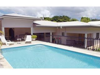 Beautiful House with Deck and Internet Access - Mount Irvine vacation rentals