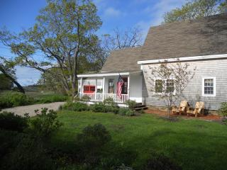 Quintessential Maine cottage in picturesque Cape Porpoise Village - Kennebunkport vacation rentals