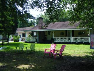 Pine Lily Retreat - Lacombe vacation rentals