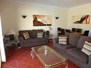 Villa in Burgau, Algarve,FREE WIFI ,PRIVATE POOL - Burgau vacation rentals