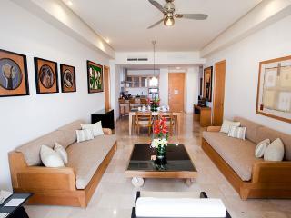 Grand Mayan Grand Suite - 1 BR: Nuevo Vallarta, MX - Mexican Riviera-Pacific Coast vacation rentals