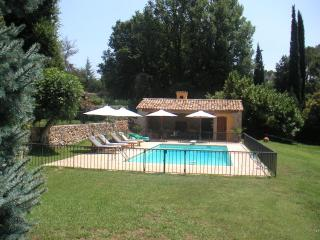 Beautiful property between sea and mountain - Roquefort les Pins vacation rentals