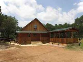 The Texan Log Cabin - The Thunderbird Texan Log Cabin on Lake Buchanan - Burnet - rentals