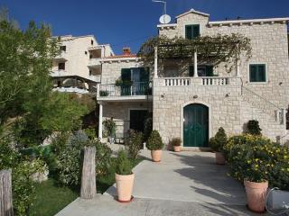Bol apartments Oko - Room - Bol vacation rentals