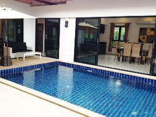 Privacy & Stunning Pool Villa in Rawai - Rawai vacation rentals