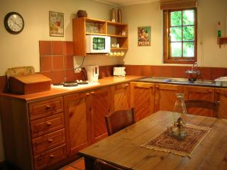 Beautiful 1 bedroom Cottage in Wilderness - Wilderness vacation rentals
